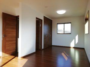 室内:2F洋室(子供部屋)
